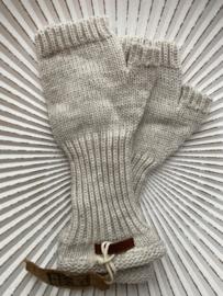 Knit Factory, gebreide handwarmers / wanten zonder vingers. Beige (wolwit)