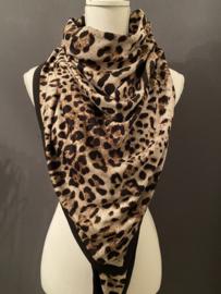 Grote Jersey panter 3-hoek sjaal, zwarte achterkant.