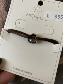 Satijn armbandje met tri-colour RVS (stainless steel) ringen. Bruin