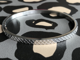 RVS (stainless steel) armband. Ruitpatroon. Zilverkleurig.