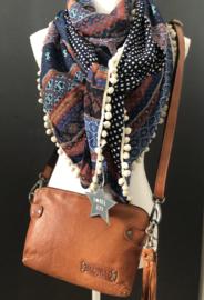 Warme tinten, fancy streep patroon,  Navy-wit blokje achterkant. couture sjaal.