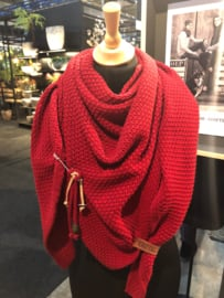 Sjaal/omslagdoek van het mooie merk Knit Factory. Donker rood