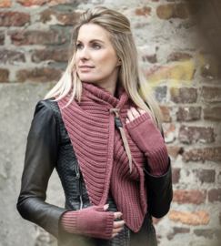 Sjaal/omslagdoek Demy van het mooie merk Knit Factory. Stone red