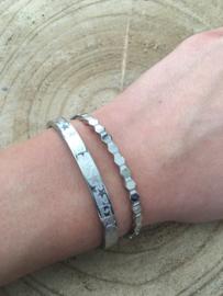 RVS (stainless steel) armband. Honingraat. Zilver kleurig.