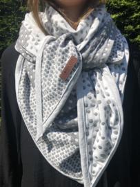 Grote 3-hoek Sjaal. Handgemaakt.  Volwassen maat. Grijs - Wit