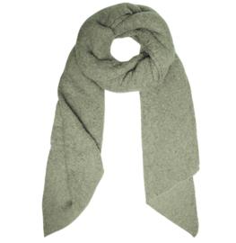 Langwerpige  super soft sjaal met schuine uiteinden. Licht olijf groen