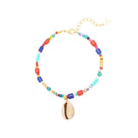 Multi Colour kralen armbandje met schelpen hanger.