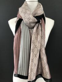 Mooie grote langwerpige sjaal.  Silky touch. Gucci style. Oud roze-ijsblauw-zwart.