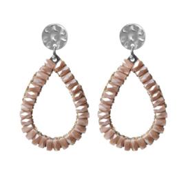 Biba oorbellen. Druppelvorm + kraaltjes. Zilver -nude (zacht roze)