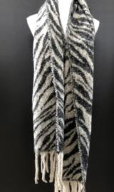 Langwerpige  dikke soft sjaal.  Grijs zebra