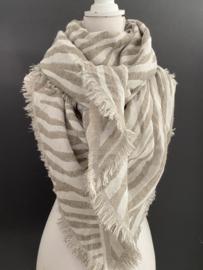 Lichtgewicht zebra dessin sjaal. 3-hoek vorm.  Licht taupe - offwhite