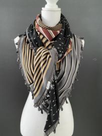 Streep dessin In warme tinten  / zwart-wit mini bliksem dessin couture sjaal.