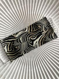 Mondkapje van de groothandel. Recht model. Zebra, zwart-wit-bruin