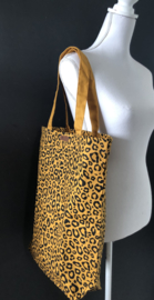 Super leuke katoenen Shopper.  Okergeel + luipaard / panter print.