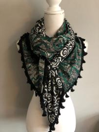 Groen - zwart dierenprint patroon / Zwart - witte bloem, couture sjaal.