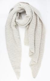 Langwerpige  super soft sjaal met ribbel. Uni wolwit-zacht grijzig.
