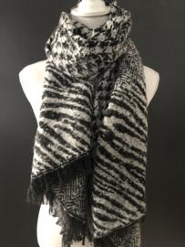 Langwerpige soft sjaal . Dierenprint/pied de coq print. Zwart-Grijs