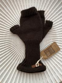 Knit Factory, gebreide handwarmers / wanten zonder vingers. Donkerbruin