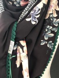 Wijd bloemen dessin /  Grijs-witte  snake achterkant