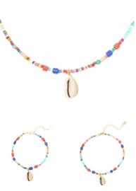 COMPLETE SET Multi Colour kralen ketting/armband/enkelbandje met schelpen hanger.