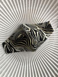 Mondkapje van de groothandel. Halfrond model. Zebra zwart-wit-bruin