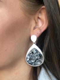 Biba, grote druppelvorm oorbellen, Mat Zilver - Grijstinten parelmoer