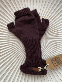 Knit Factory, gebreide handwarmers / wanten zonder vingers. Aubergine