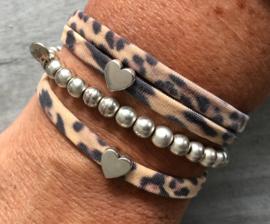 Ibiza Boho armband. Vintage Leopard, zilverkleurig hart