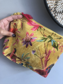 Mooie fluwelen clutch / toilettas van Imbarro. Vogel / bloemenprint. Okergeel