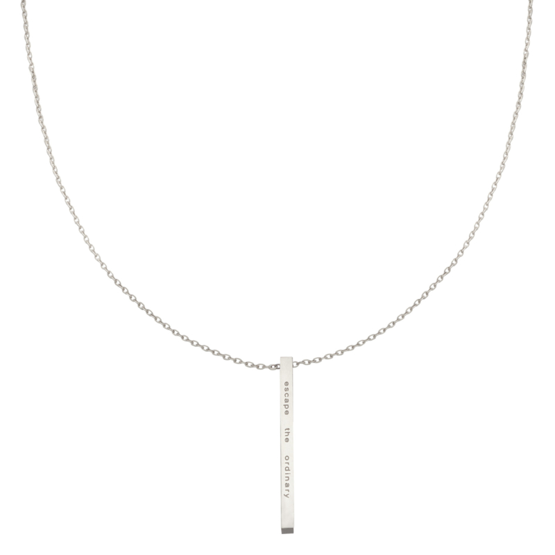 """RVS (stainless steel) ketting """"escape the ordinary"""" Zilverkleurig."""