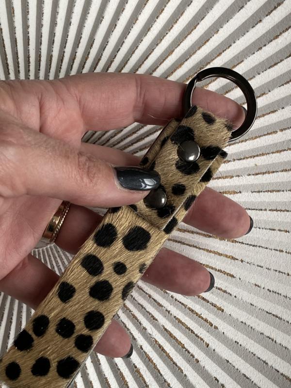 sleutelhanger lus. Écht leer, Vacht printje. Cheetah print (stip) bruin