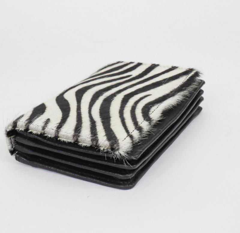 Bear design portemonnee, medium/groot model. Écht leer/vacht. Zebra design.