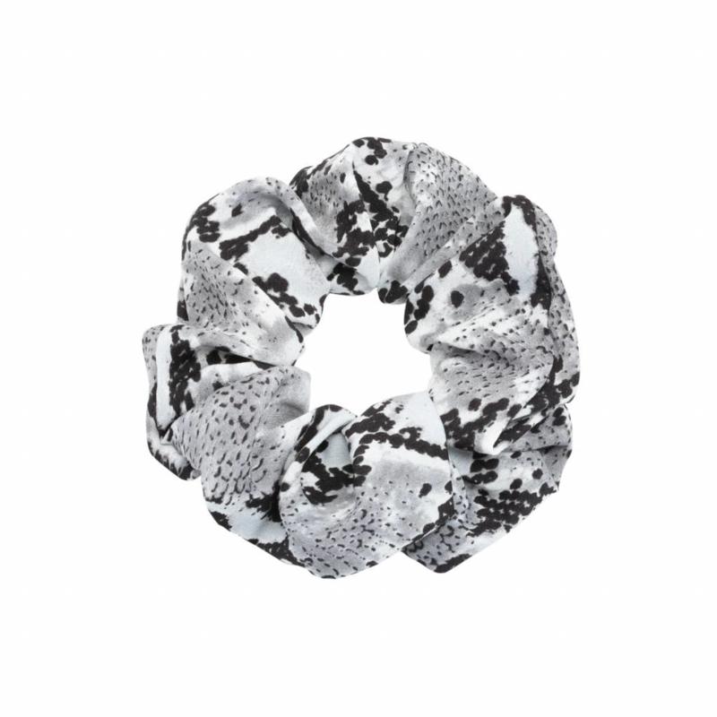 Scrunchie Snakeprint, grijs.