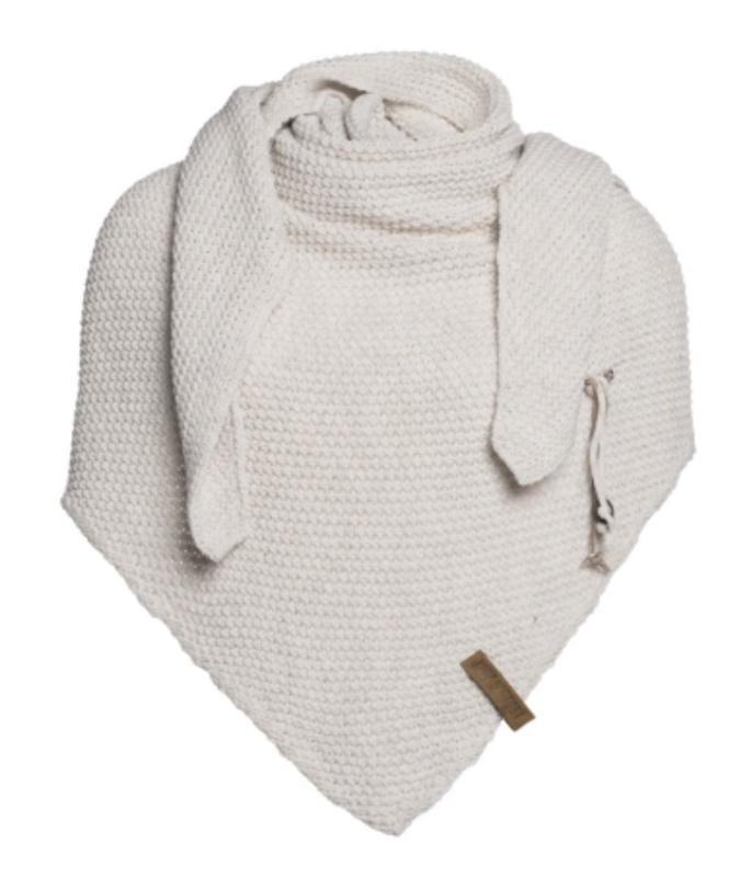 Sjaal/omslagdoek van het mooie merk Knit Factory.  Zand / wolwit / beige