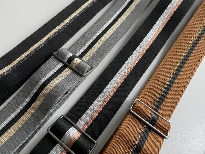 Schouderband streep