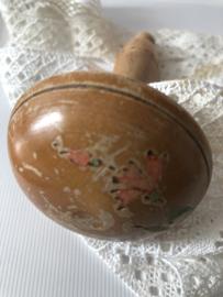 Naaigerei | Glanzende sleetse stoppaddenstoel ca. 1900-1910