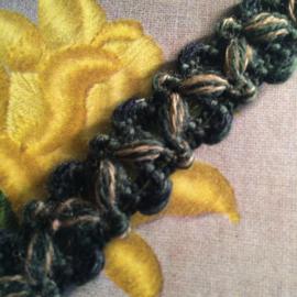 "Band | Groen | Vintage gemêleerd wol ""V'-tje - 1 cm 'Victory'"