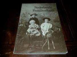 Boeken | Geschiedenis | Nederland | Nederlands Familiealbum met tekst van Wim Zaal