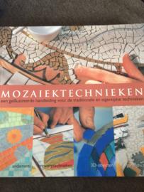 Boeken | Hobby | Mozaïektechnieken: een geïllustreerde handleiding voor de traditionele en eigentijdse technieken