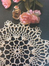 VERKOCHT | Haken | Tijdschriften | Sabrina KREATIEF 1970 deel 7 nr. 13 | De Mooiste kleedjes