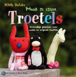 Boeken | Poppen | Bobby Dazzler - Maak je eigen troetels: eenvoudige patronen voor unieke en originele knuffels | 2011