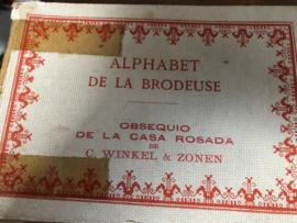 VERKOCHT | Boeken | Bibliothèque DMC | Alfabetten | Alphabet de La Brodeuse - Obsequio de La Casa Rosada - C. Winkel & Zonen - Franstalig antiek boekje | 1930 - HISTORISCH