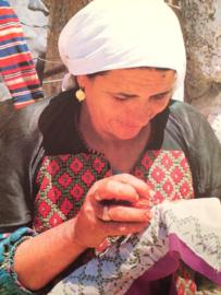 VERKOCHT Arabesken | Arabische borduurmotieven | Ziva Amir
