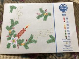 MEZ DellWea | KERST | Sticktwist 5310 - kleurenkaart Kersttafereel Kerstakjes en kaarsje