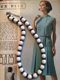 Kralenketting | Halsketting blauw en wit - lengte 20 cm. | jaren '60 - Vintage