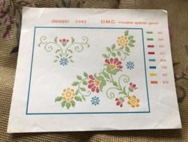 DMC | Bloemen | Borduurpatroon Mouliné spécial garen - dessin 3062 - vrolijke bloempjes