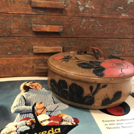 Handwerken   Dekseldoosje   Antiek Amsterdamse school dekseldoosje, met prachtige roos en vlinder