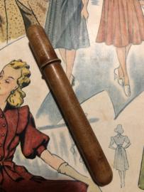 Naaldenkoker | Hout | Houten (eiken) dunne (stop-)naaldenkoker - 1890-1910