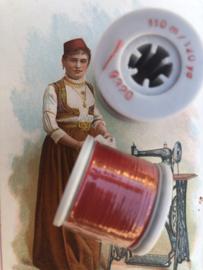 9320 - Garen | Mölnlycke Sytrad Göteborg Rood | 9320 110 m. Groot klosje wit 120 Yard Yarn 100% polyester naaigaren klosje 3 x 3 cm | Vintage