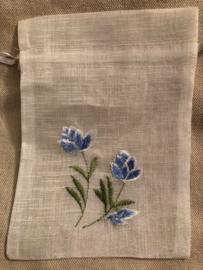 Sieraden of Ringenzakje (15 x 10 cm) 'Blue Tulip'